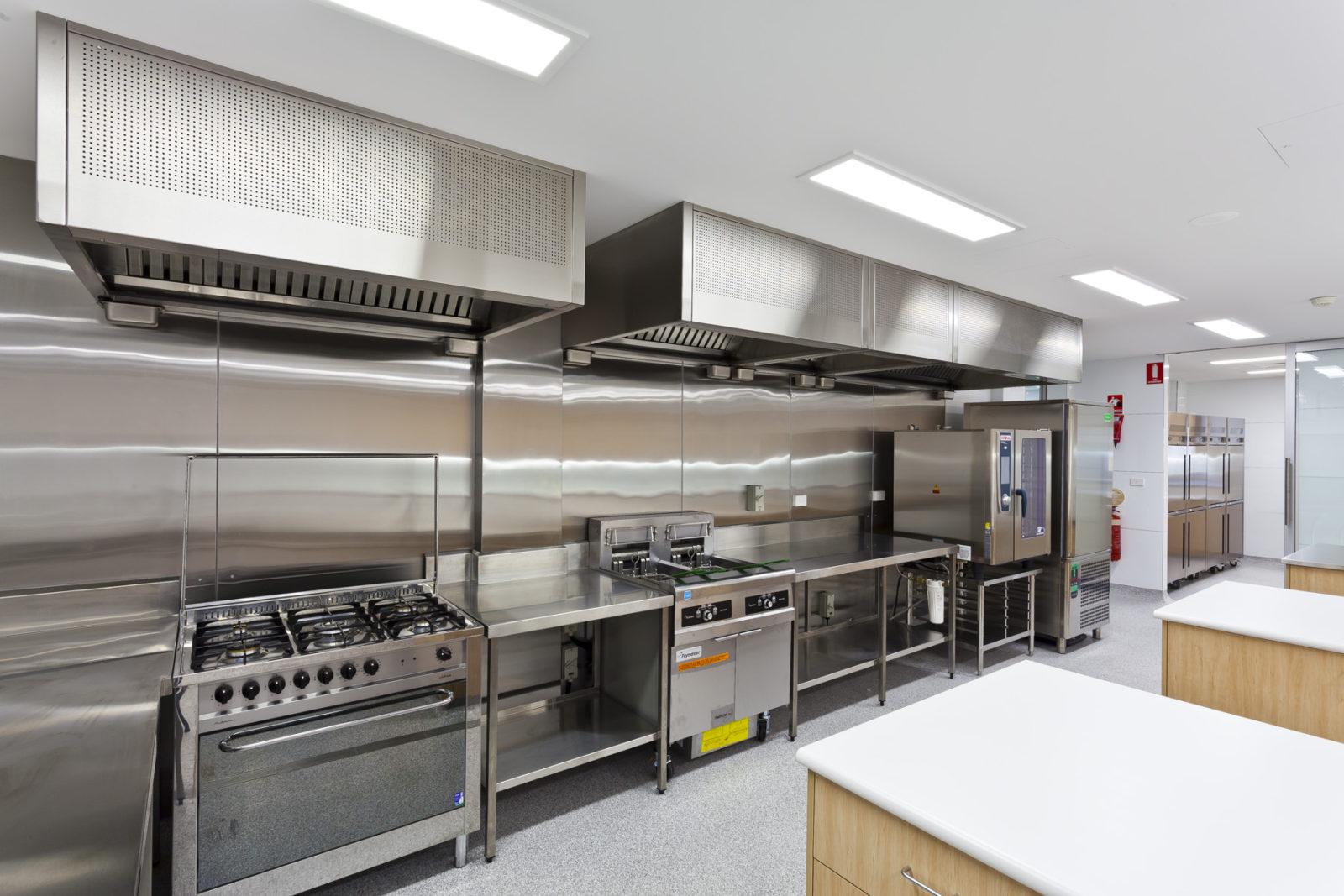ventilatie bucatarie profesionala restaurant pret